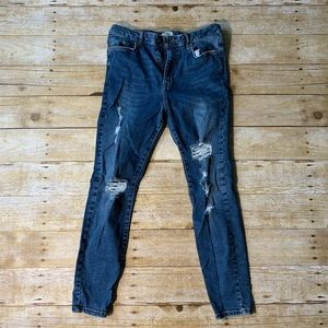 High-waisted Skinny Jeans// OFFERS ACCEPTED